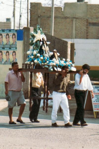 Processie in Pisco, Peru